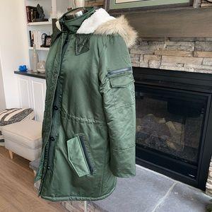 Banana Republic women's fur trim parka jacket